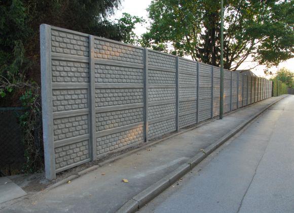 Betonzaun-standard-ziegelstein (1)